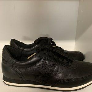 Authentic Michael Kors logo leather sneaker 5.5